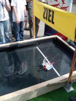 Wettbewerbe: Wer baut das schnellste Boot? Ein Brennstoffzellenboot.